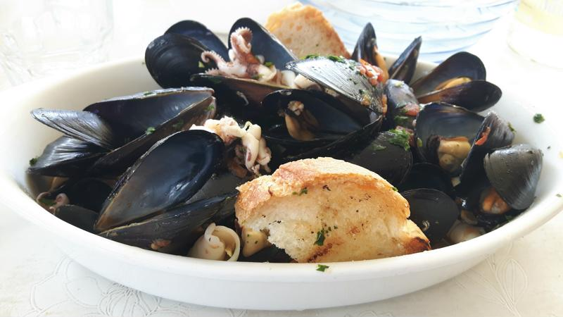 Zuppa-di-pesce-italiaanse-recepten-tastemorewine